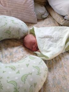 Newborn Lyra